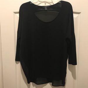 Plain black mid-sleeve shirt